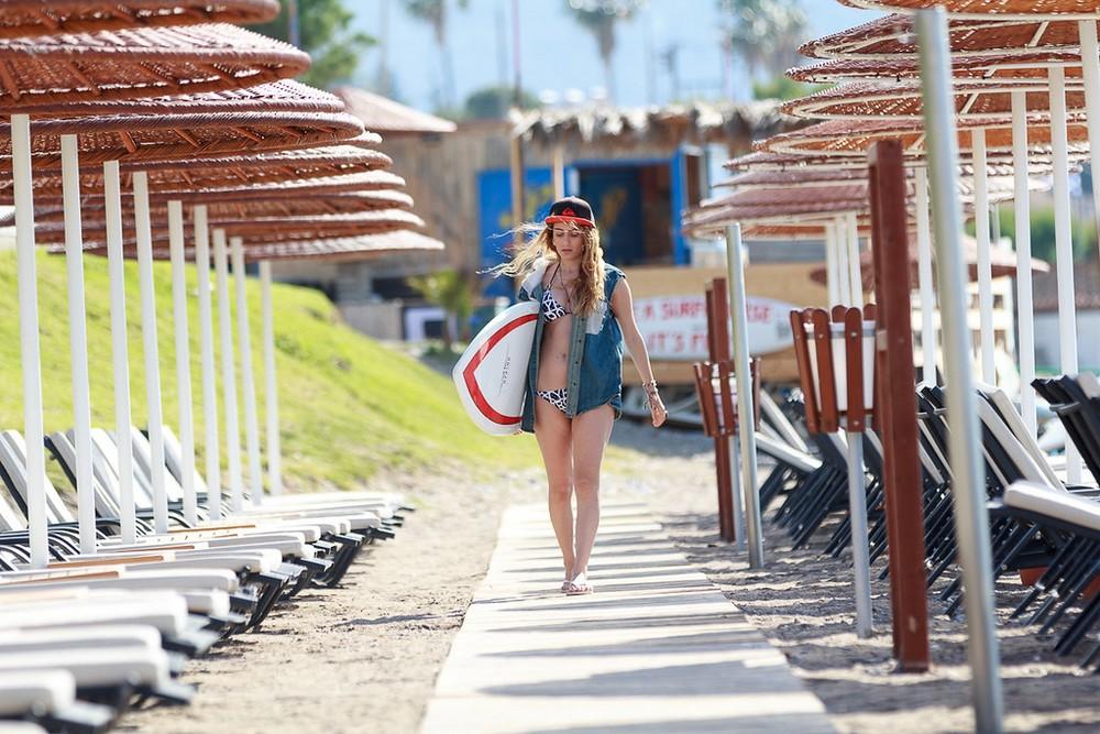 surfer-girl-11