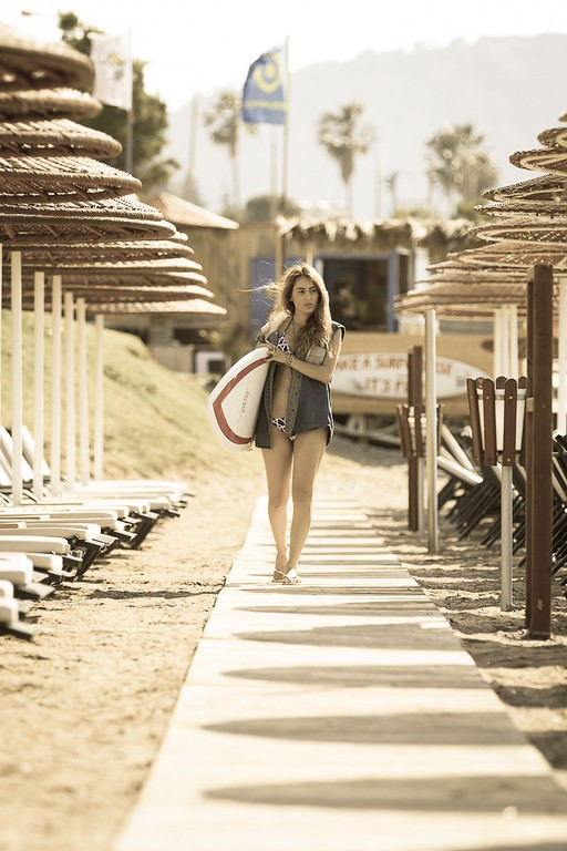 surfer-girl-12